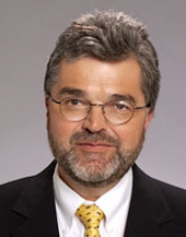 Emeran Mayer